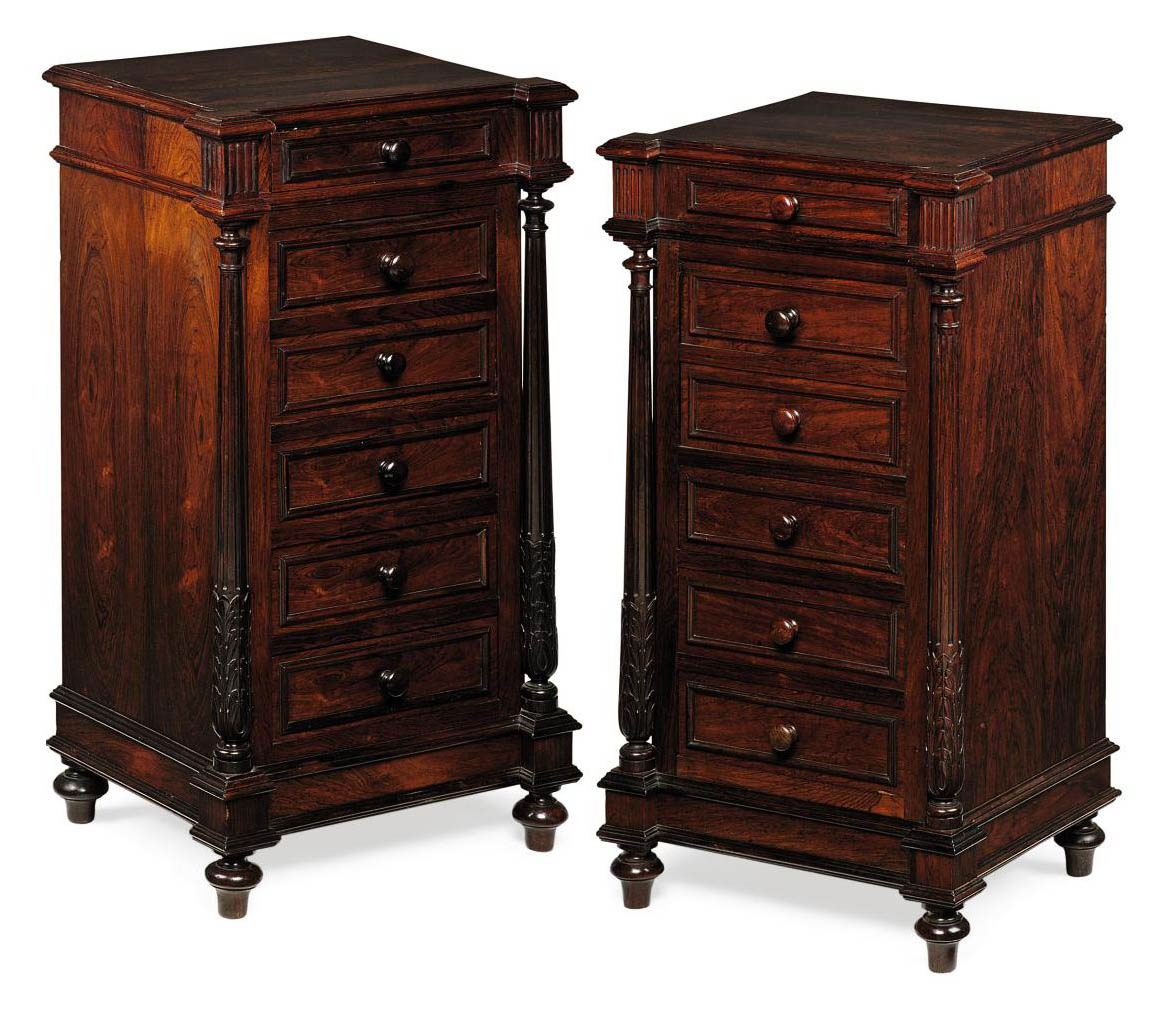 A PAIR OF FRENCH ROSEWOOD BEDS
