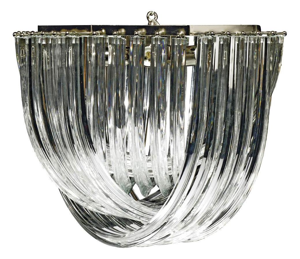 AN ITALIAN GLASS 'SWIRL' CHAND