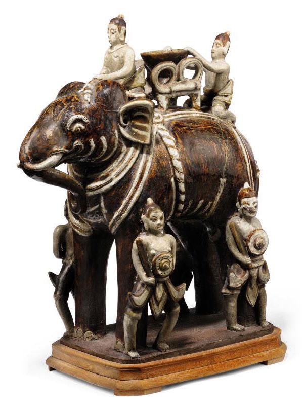 A LARGE THAI MODEL OF AN ELEPHANT