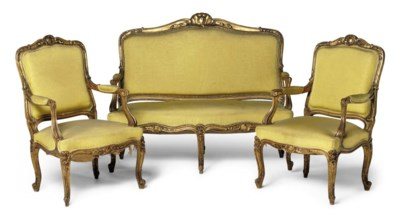 A CARVED GILTWOOD SALON SUITE