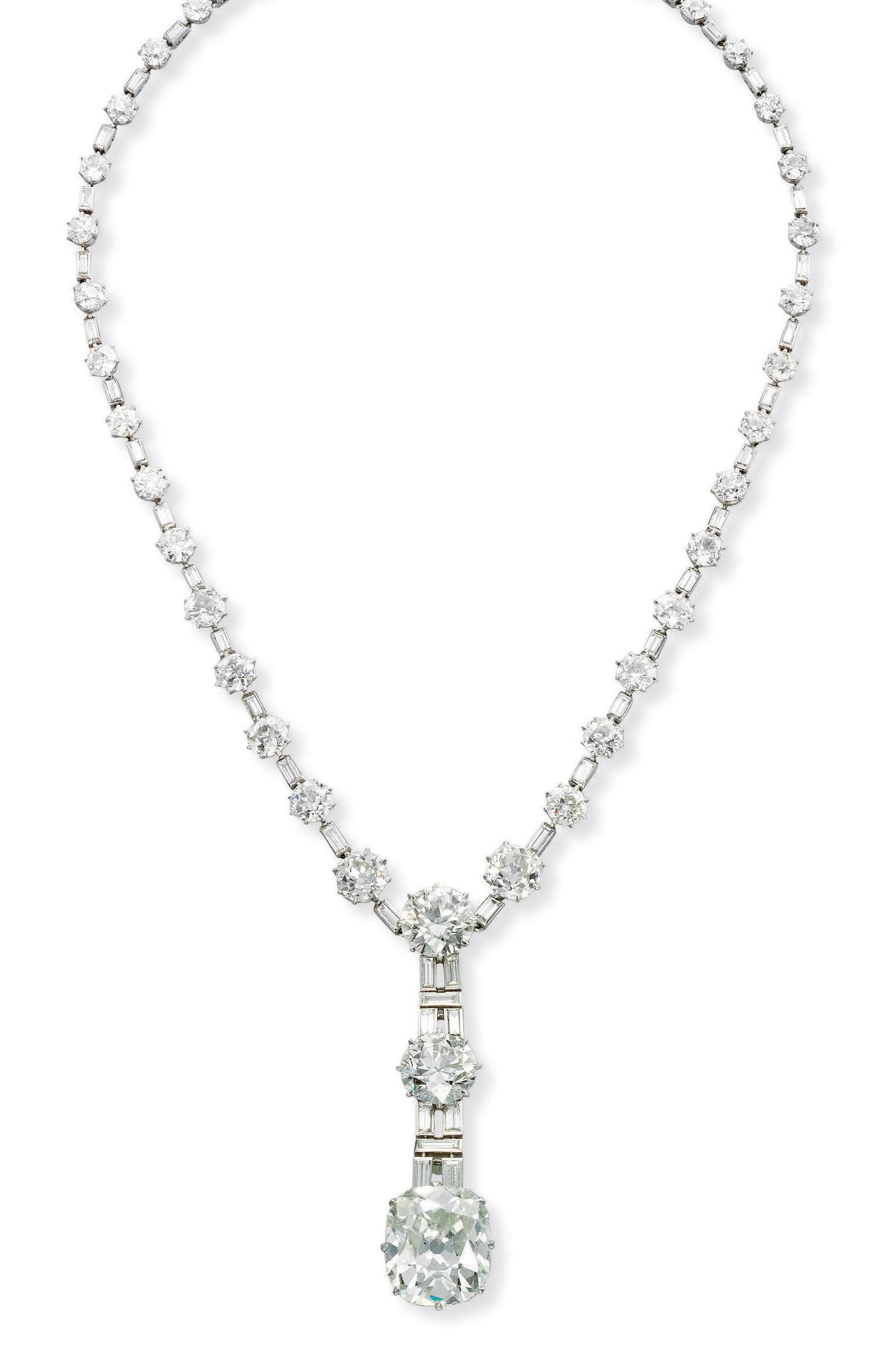 AN ELEGANT ART DECO DIAMOND NECKLACE, BY CHAUMET