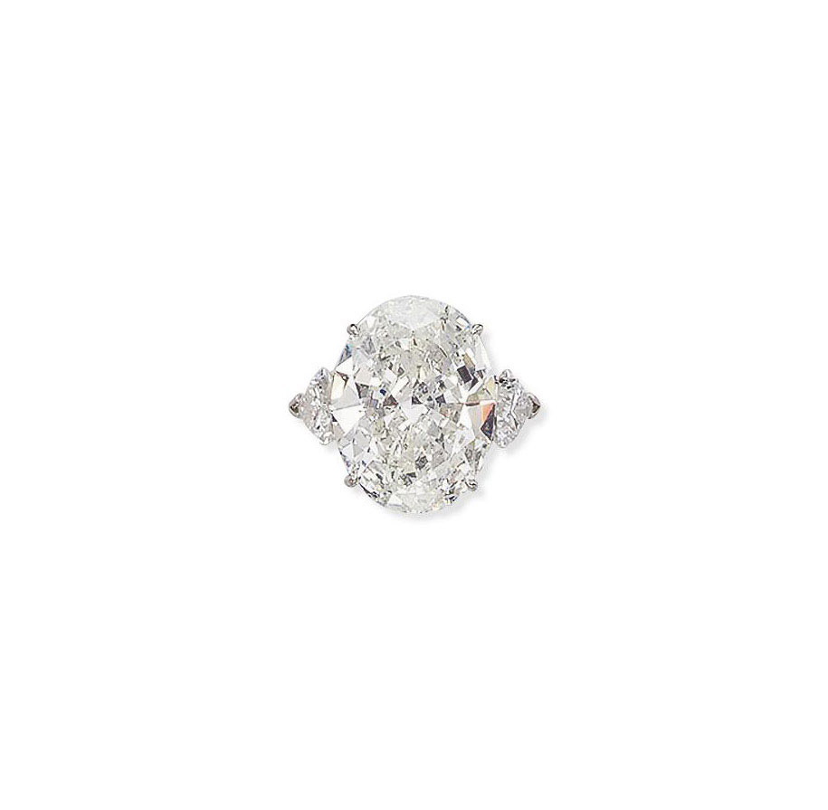A DIAMOND RING, BY MOUAWAD