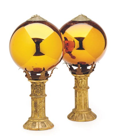 A PAIR OF GOLD MERCURY GLASS G