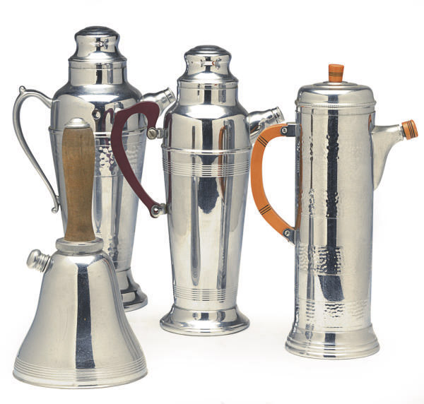 SIX CHROME-PLATED COCKTAIL SHAKERS,