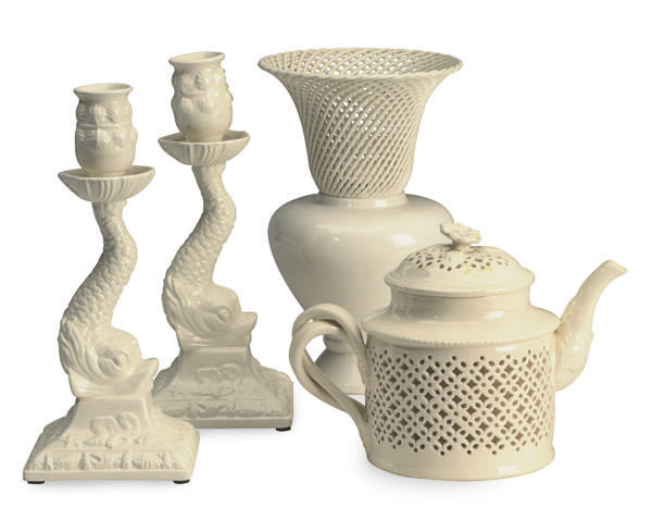 A GROUP OF 18TH CENTURY-STYLE CREAMWARE TABLE WARES,