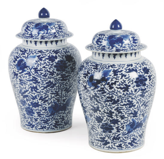 A PAIR OF LARGE CHINESE PORCELAIN BLUE AND WHITE VASES AND COVERS