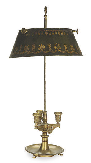 AN FRENCH ORMOLU THREE-LIGHT ADJUSTABLE BOUILOTTE LAMP,