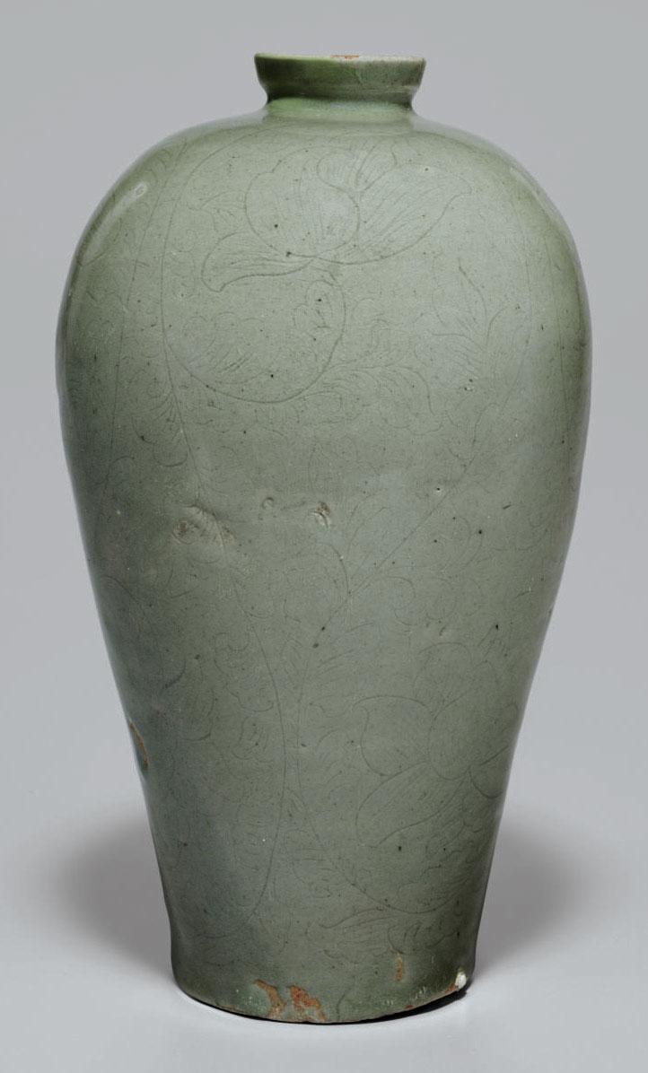 A Slip-inlaid Celadon Stonewar