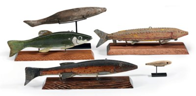 FIVE CARVED AND PAINTED FISH D