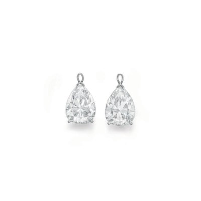 A PAIR OF PEAR-SHAPED DIAMOND