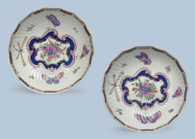 TWO WORCESTER PORCELAIN JUNKET
