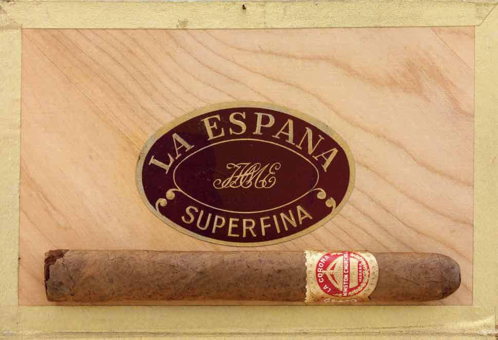 CHURCHILL, Winston S  A La Corona cigar of Winston S  Churchill  6½