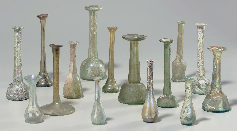 FIFTEEN ROMAN GLASS UNGUENTARI