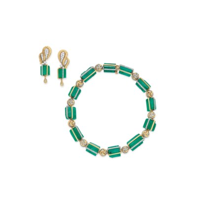 A STRIKING SUITE OF EMERALD BE