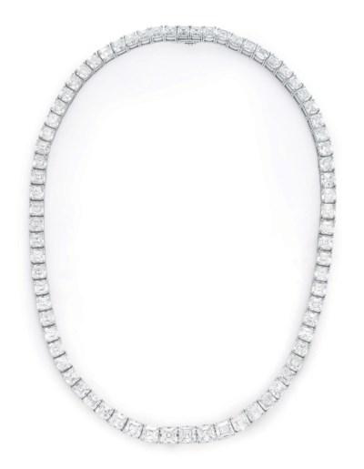 A DIAMOND LINE NECKLACE, BY TI