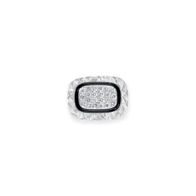 A DIAMOND AND ROCK CRYSTAL RIN
