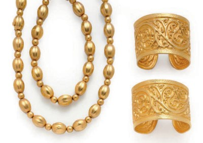 A GROUP OF GOLD JEWELRY, BY IL