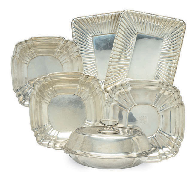 A PAIR OF AMERICAN SILVER TRAYS, AND A GROUP OF SERVING WARES,