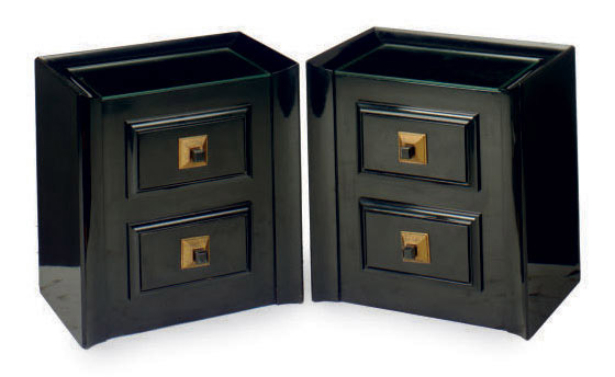 A PAIR OF EBONIZED AND PARCEL-GILT BEDSIDE CABINETS,