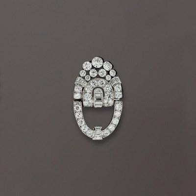 BROCHE CLIP ART DECO DIAMANTS