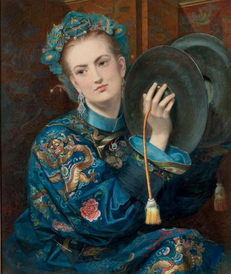 Femme vêtue à l'orientale