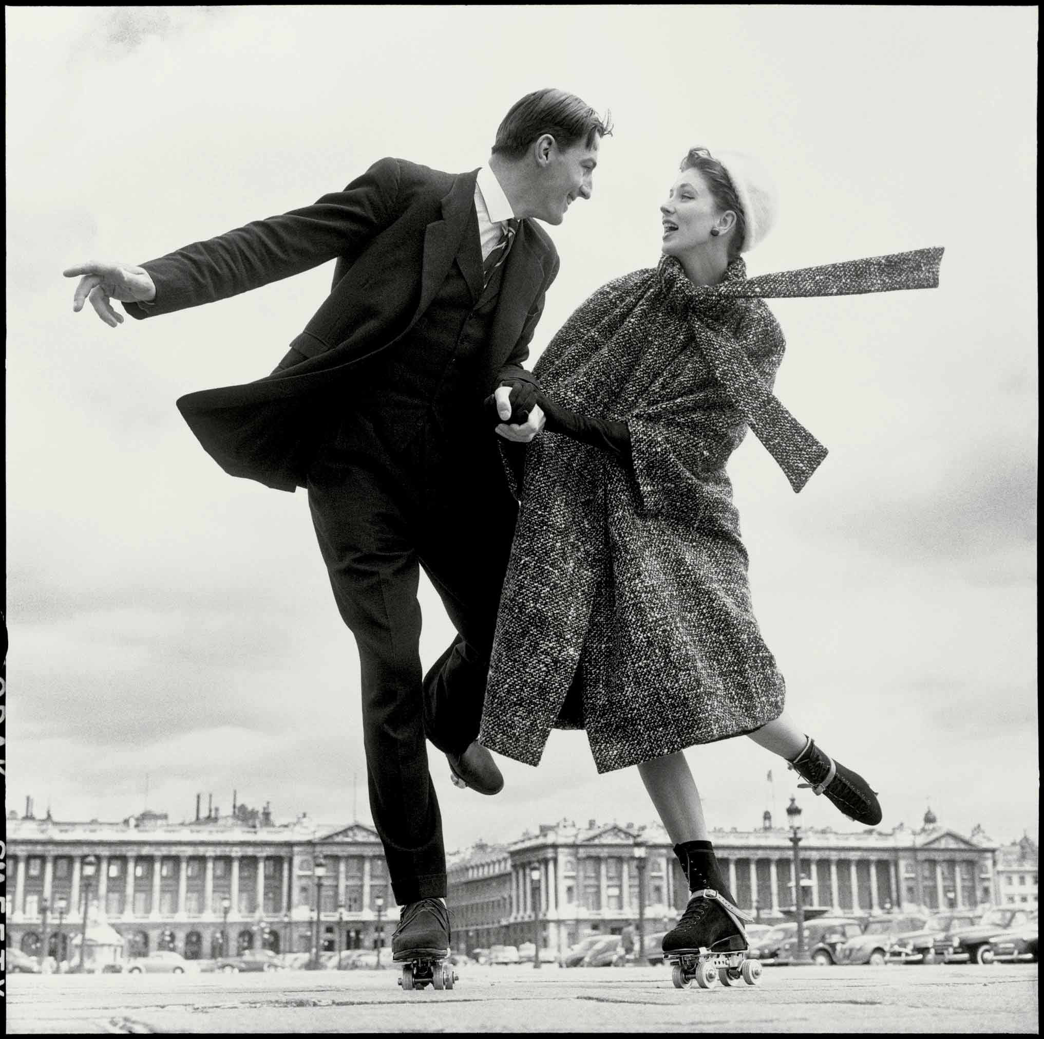 Suzy Parker and Robin Tattersall, Dress by Dior, Place de la Concorde, Paris, August 1956