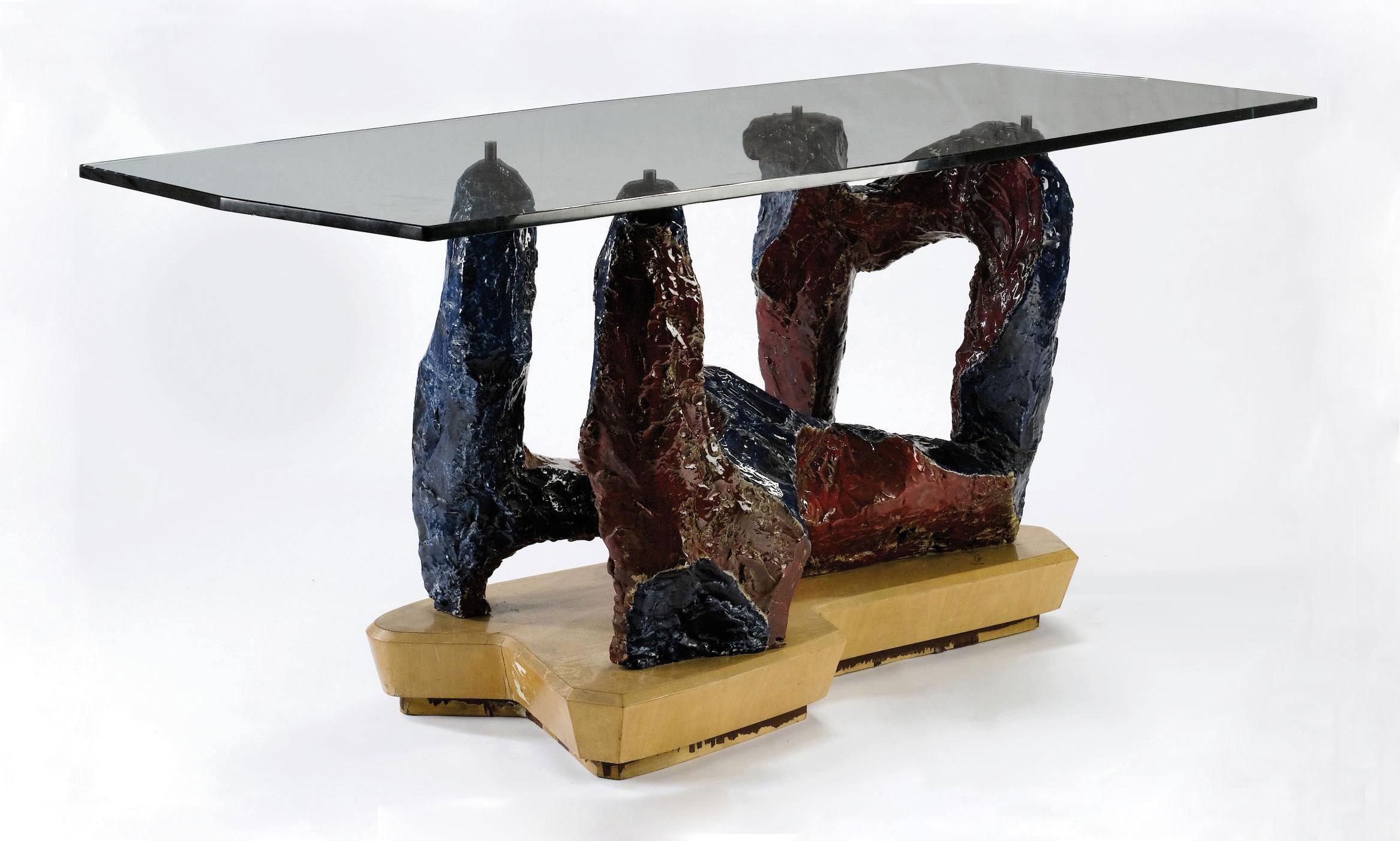 Tavolo rosso blu