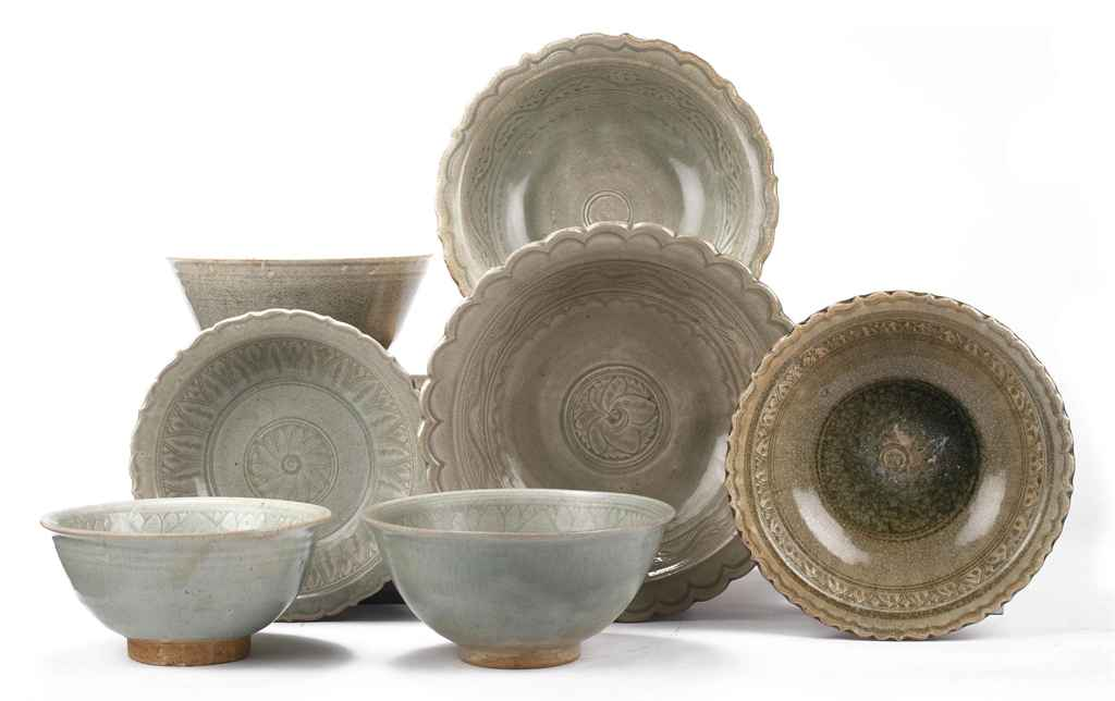 An assorted lot of Thai Sawank  sc 1 st  Christieu0027s & An assorted lot of Thai Sawankhalok celadon bowls and dishes | 16TH ...