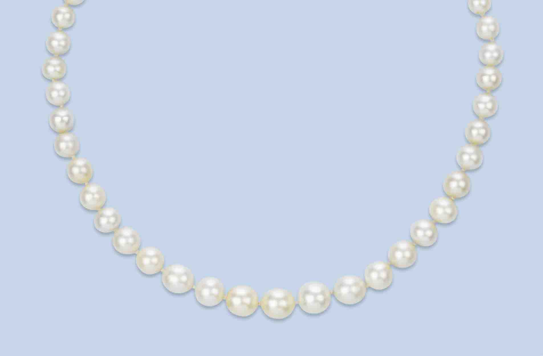 An Antique Natural Pearl Necklace