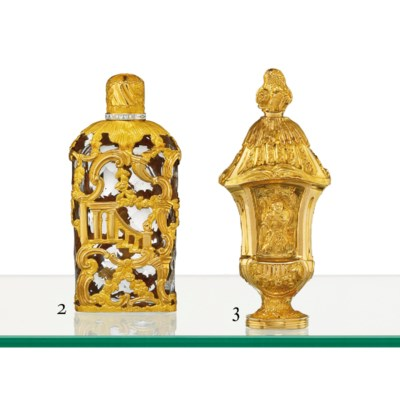 A GEORGE III GOLD SCENT-BOTTLE