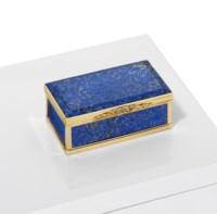 A REGENCY GOLD-MOUNTED HARDSTONE SNUFF-BOX