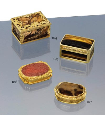 A CONTINENTAL GOLD-MOUNTED HAR