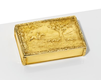 A GEORGE IV GOLD HUNTING SNUFF