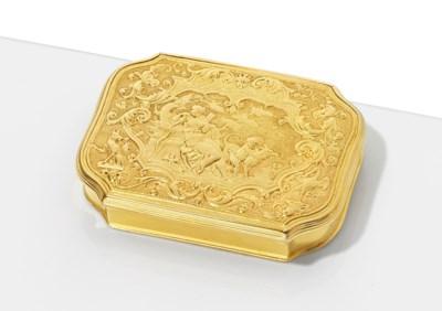 A DUTCH GOLD SNUFF-BOX