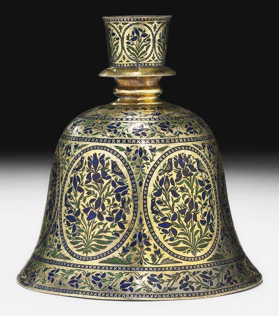 A LUCKNOW FINELY ENAMELLED SIL
