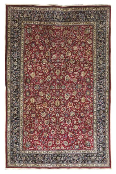 A PART-SILK MESHED CARPET