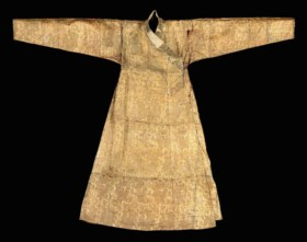 A MONGOL 'CLOTH OF GOLD' SILK AND METAL THREAD ROBE