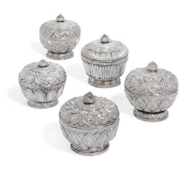 FIVE SILVER BOWLS AND COVERS