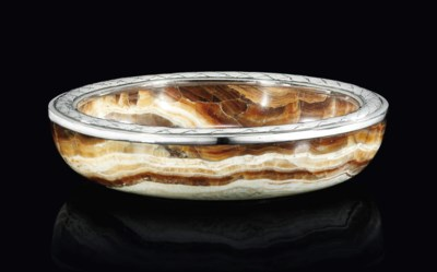 A SILVER-MOUNTED AGATE BOWL