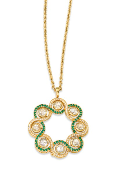 A DIAMOND AND EMERALD PENDENT