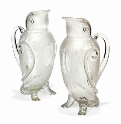 A PAIR OF ENGRAVED GLASS CLARE