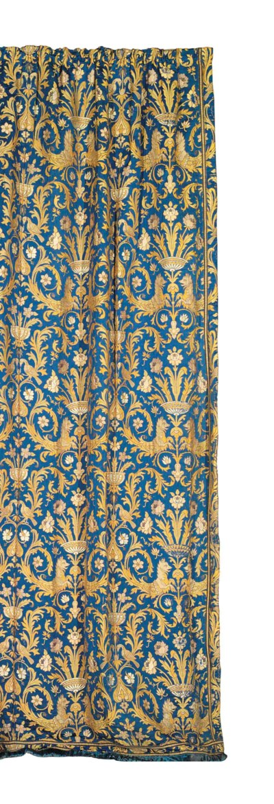 A GOLD AND BLUE CURTAIN PANEL