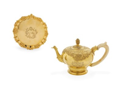A PORTUGUESE GOLD TEAPOT AND S