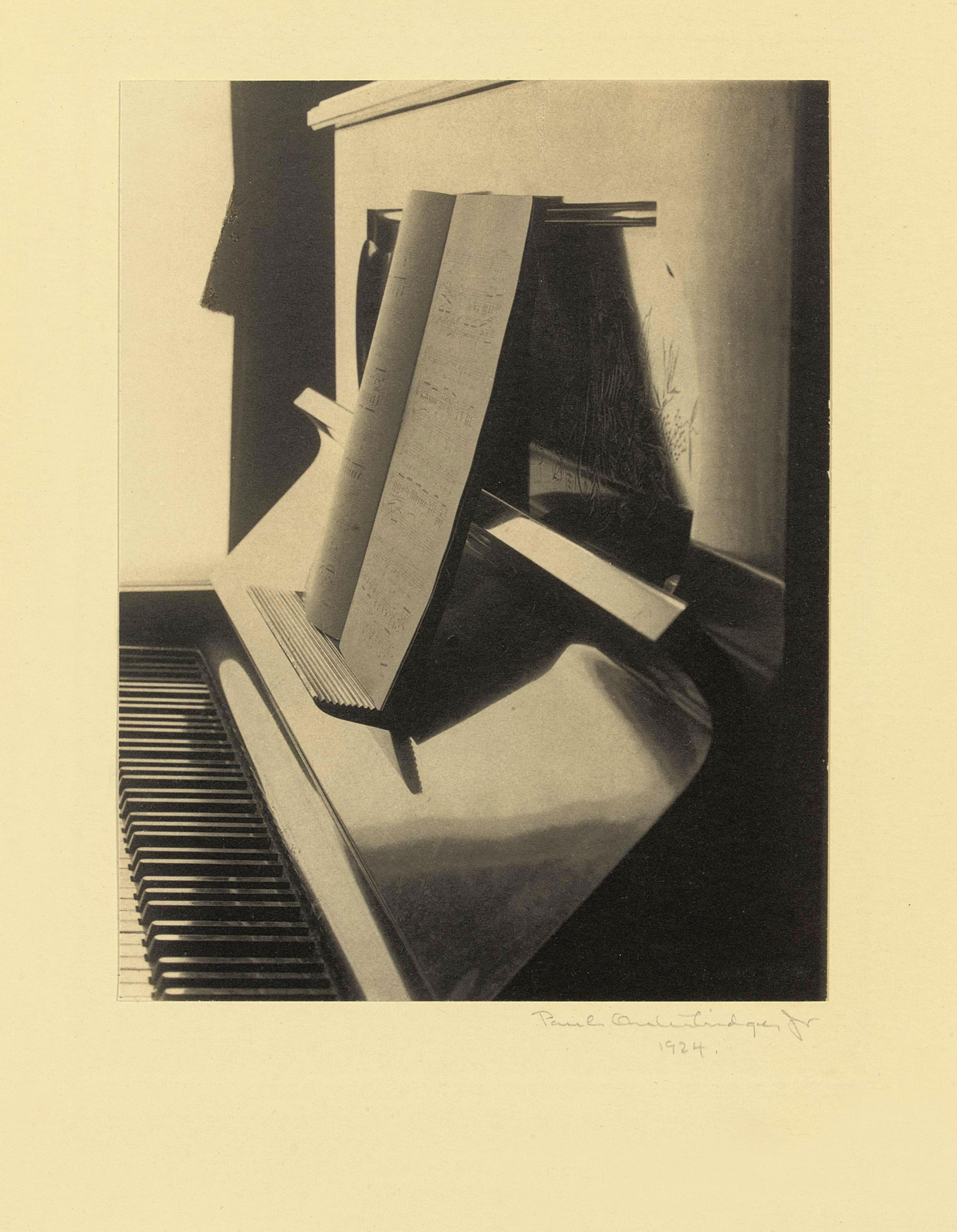 Piano, 1924