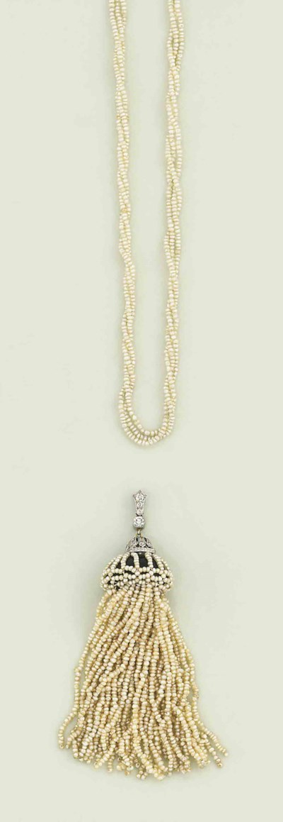 A seed pearl necklace and a di