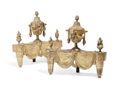 A PAIR OF FRENCH GILT-BRONZE C