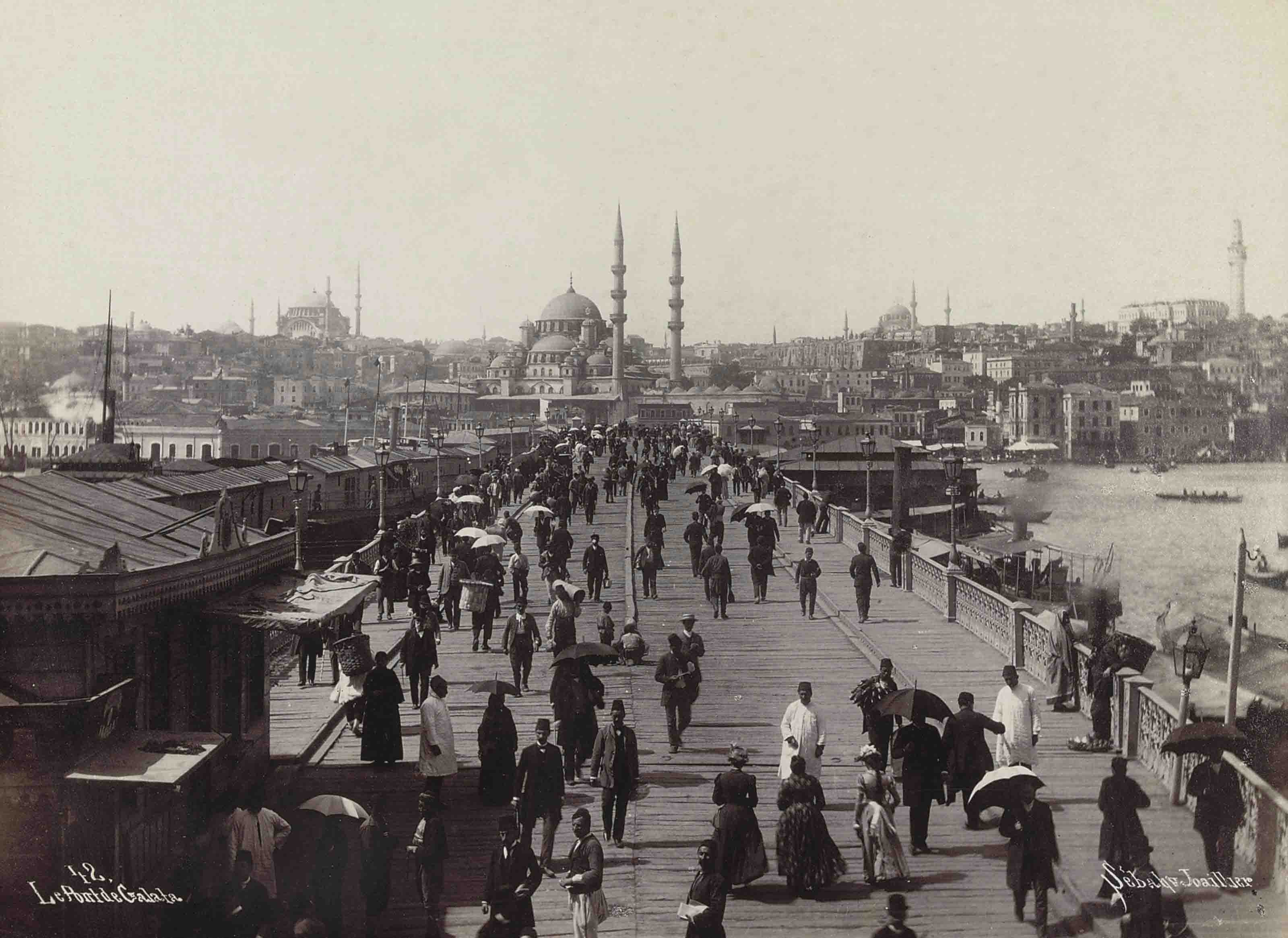 A collection of panoramic and rooftop views of the city of Constantinople including views of: Le Pont de Galata; Vue panoramique de Constantinople et de la Corne d'Or; Péra et Galata and others