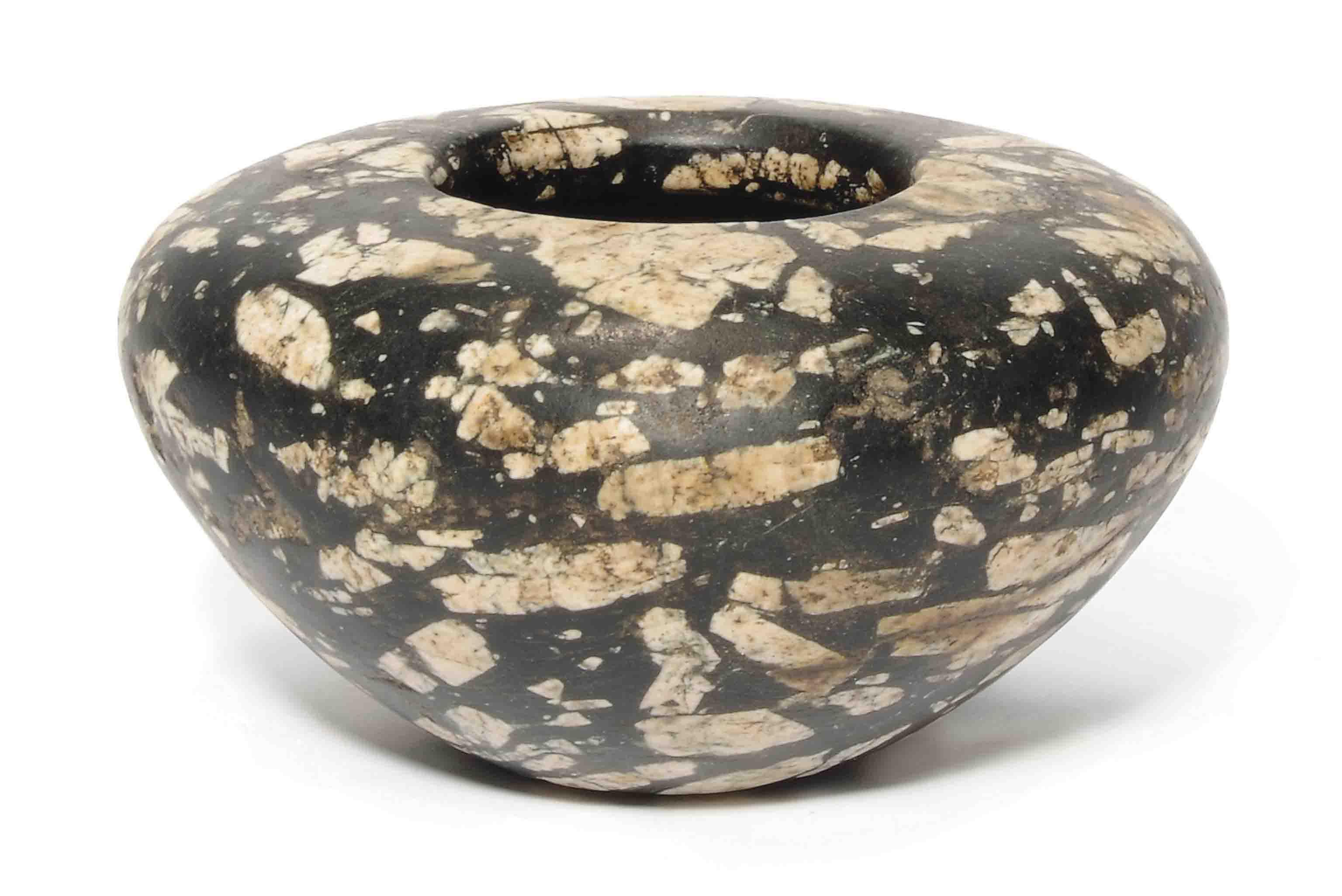 AN EGYPTIAN DIORITE JAR