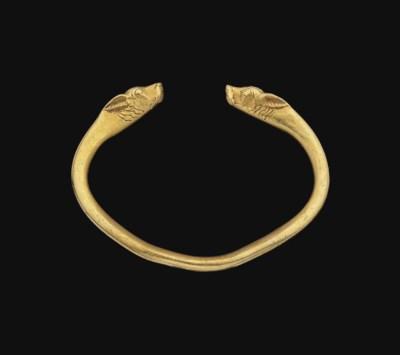 AN ACHAEMENID GOLD BRACELET
