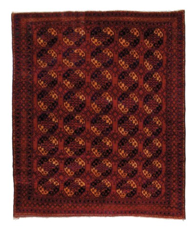 A fine Ersari carpet